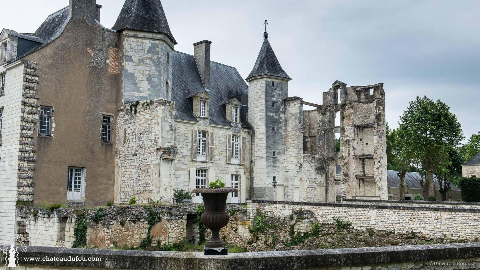 chateau-du-fou-salle-de-reception-poitiers-01.jpg