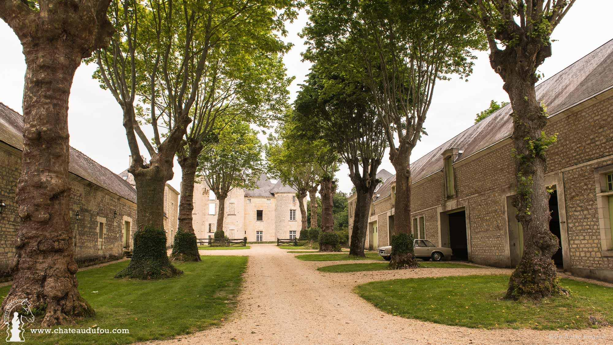 chateau-du-fou-salle-de-reception-tours-06.jpg
