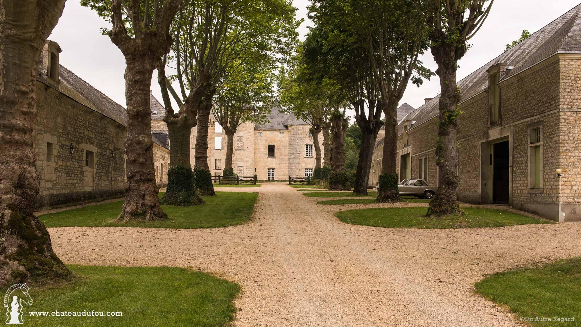 chateau-du-fou-salle-de-reception-tours-07.jpg
