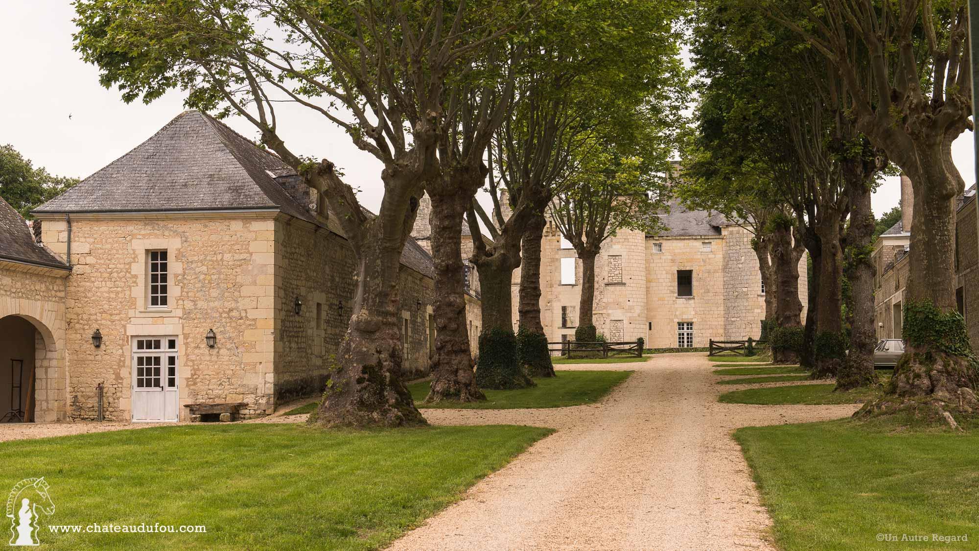 chateau-du-fou-salle-de-reception-tours-08.jpg
